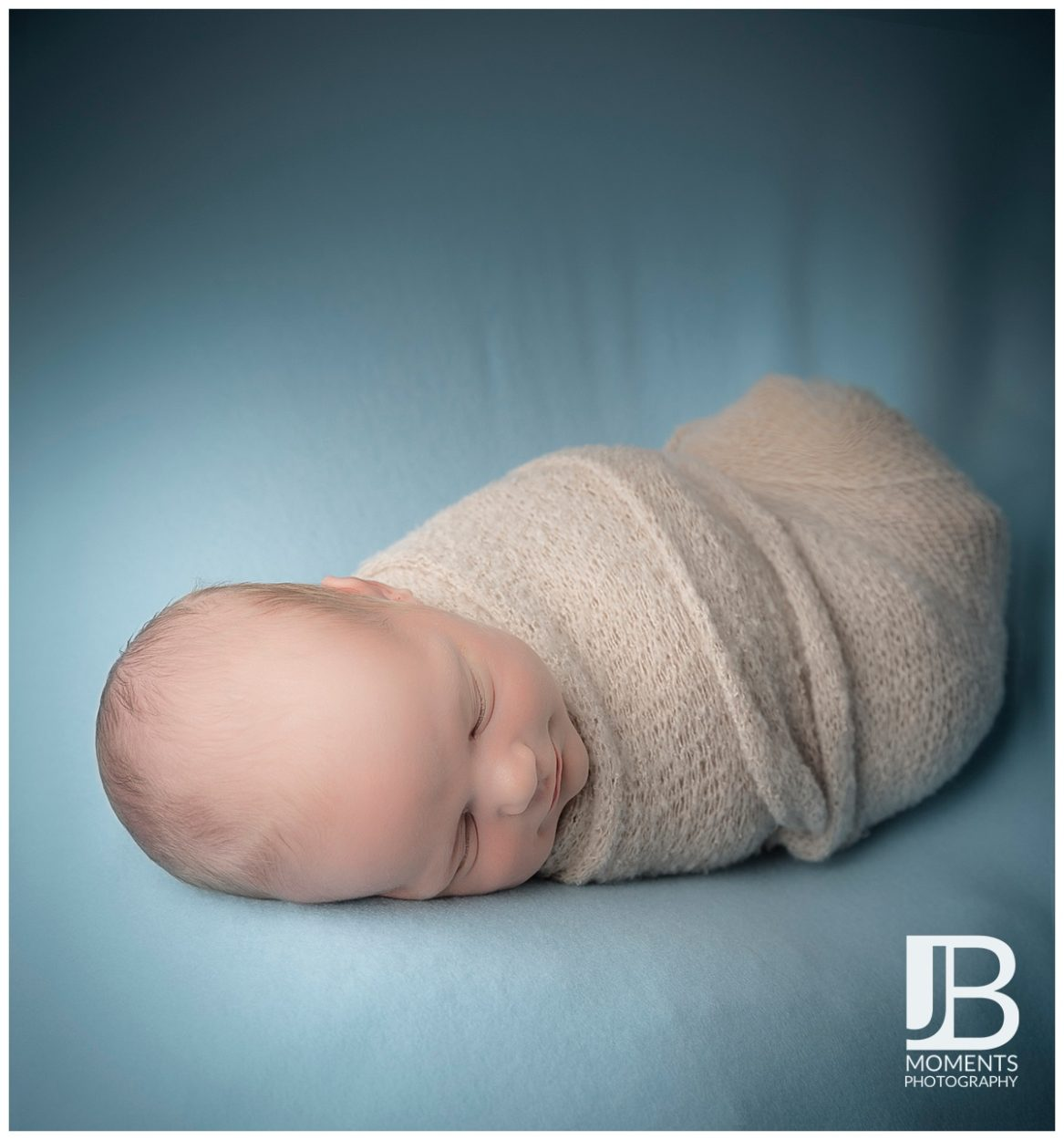 Baby photographer in Stirling - JB Moments Photography