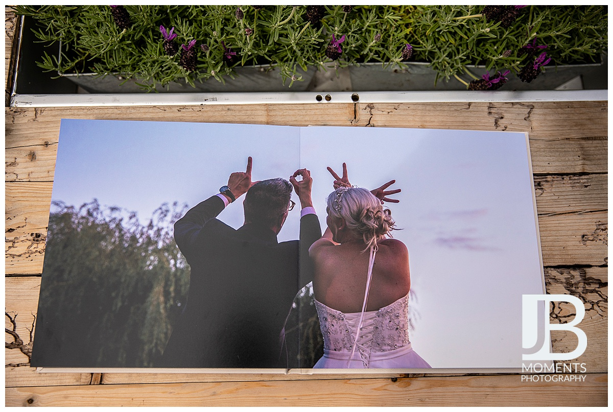 Wedding photographer in Stirling - JB Moments Photography